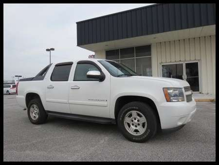 2007 Chevrolet Avalanche LS 2WD Crew Cab for Sale  - MX7128A  - Astro Auto