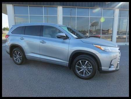2017 Toyota Highlander XLE AWD for Sale  - P5710  - Astro Auto