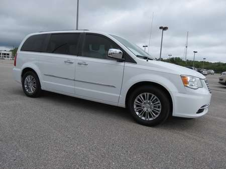 2015 Chrysler Town & Country Touring-L for Sale  - P5771C  - Astro Auto