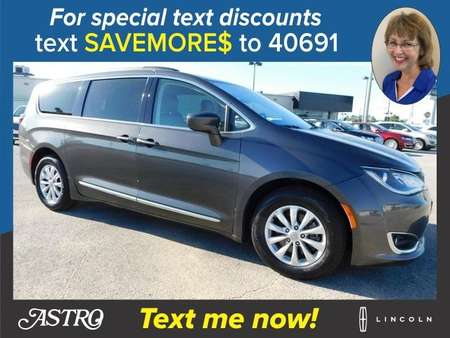 2017 Chrysler Pacifica Touring L for Sale  - P5966A  - Astro Auto
