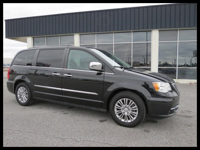 2016 Chrysler Town & Country  - Astro Auto
