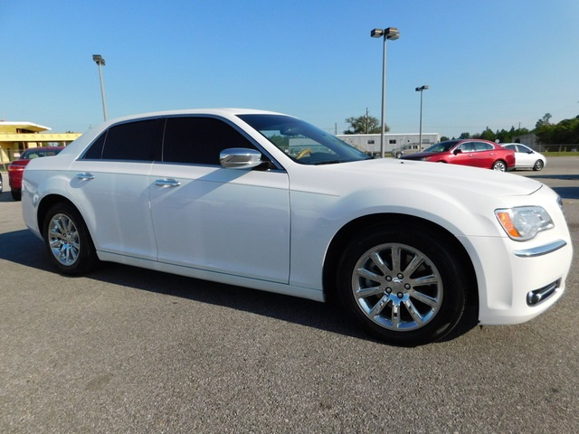 2014 Chrysler 300  - Astro Auto